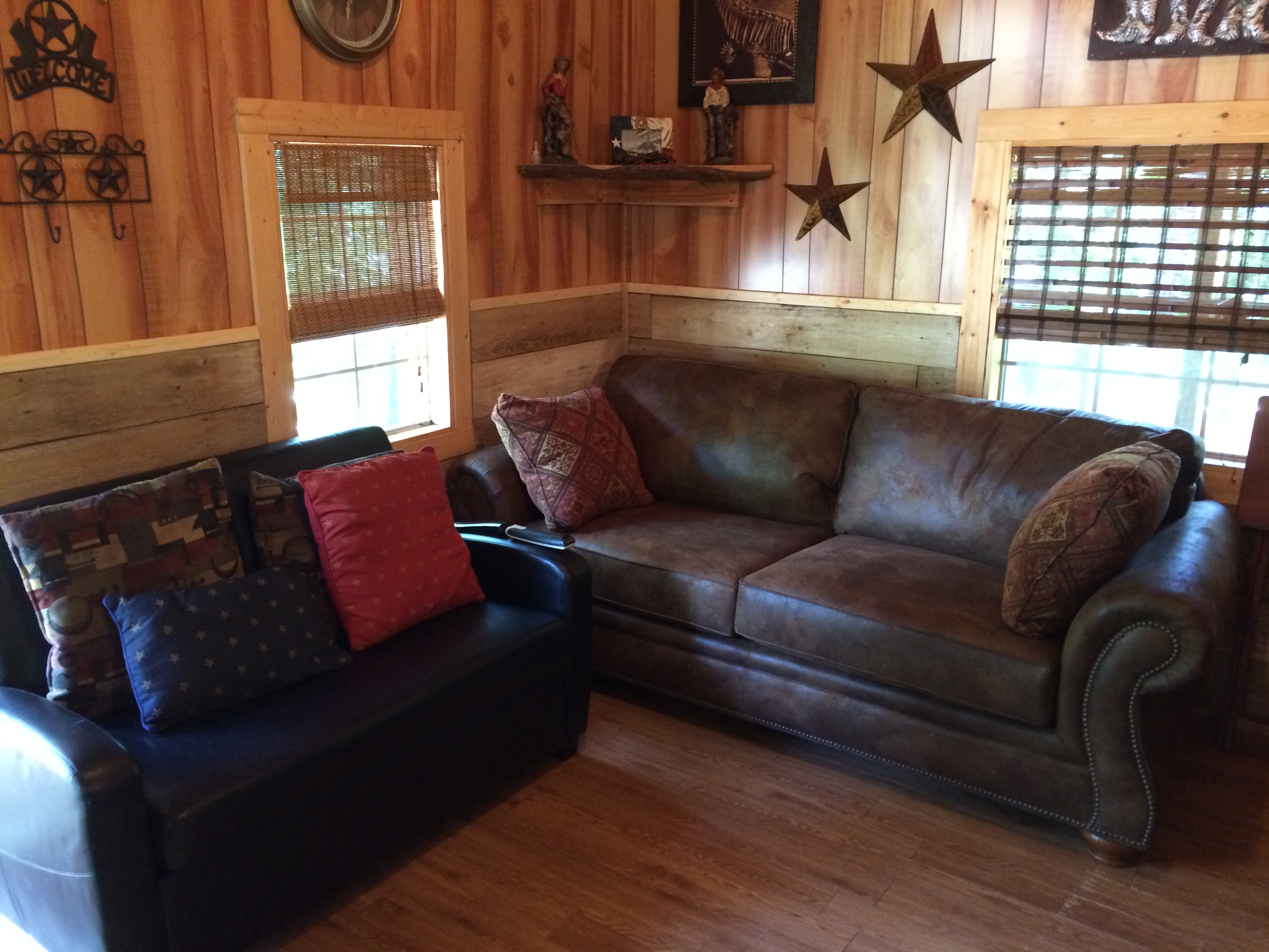 Cabin Creek Cabins: Tyler, Lindale